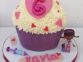 giant cupcake 5